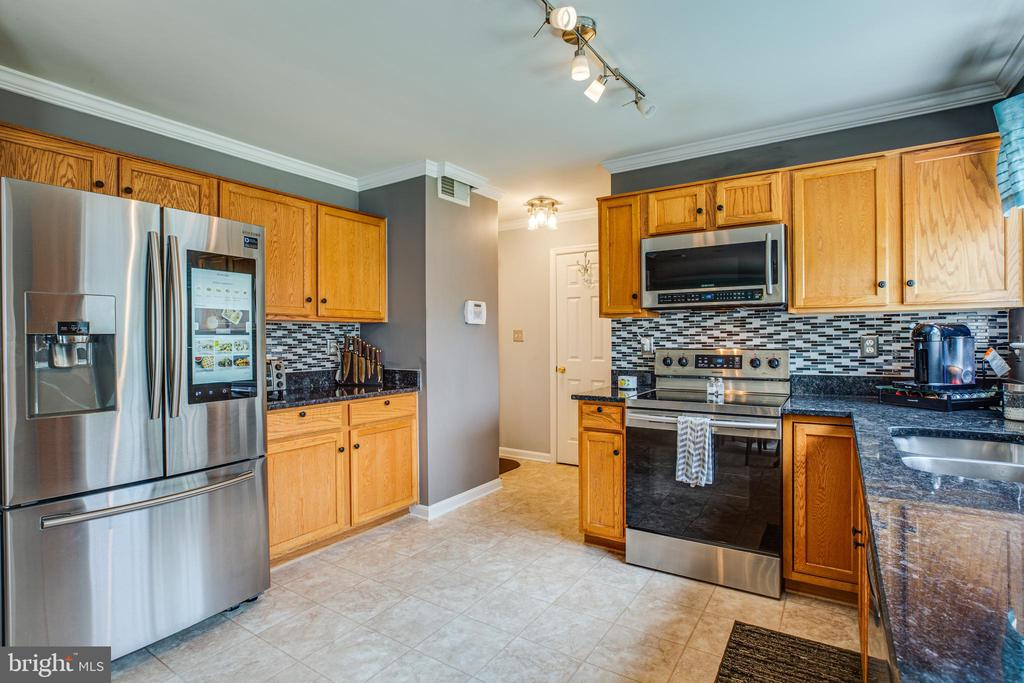 Kitchen with stainless appliances - 1911 MARTINA WAY, CULPEPER