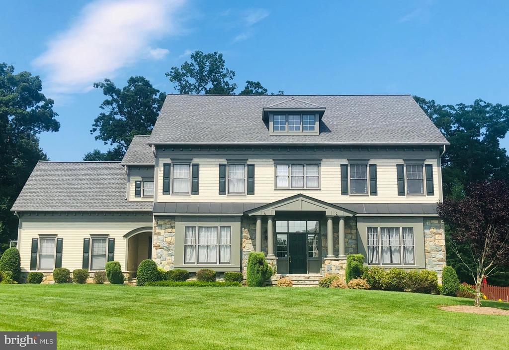 Welcome to the Oasis in Occoquan! - 9520 PENIWILL DR, LORTON