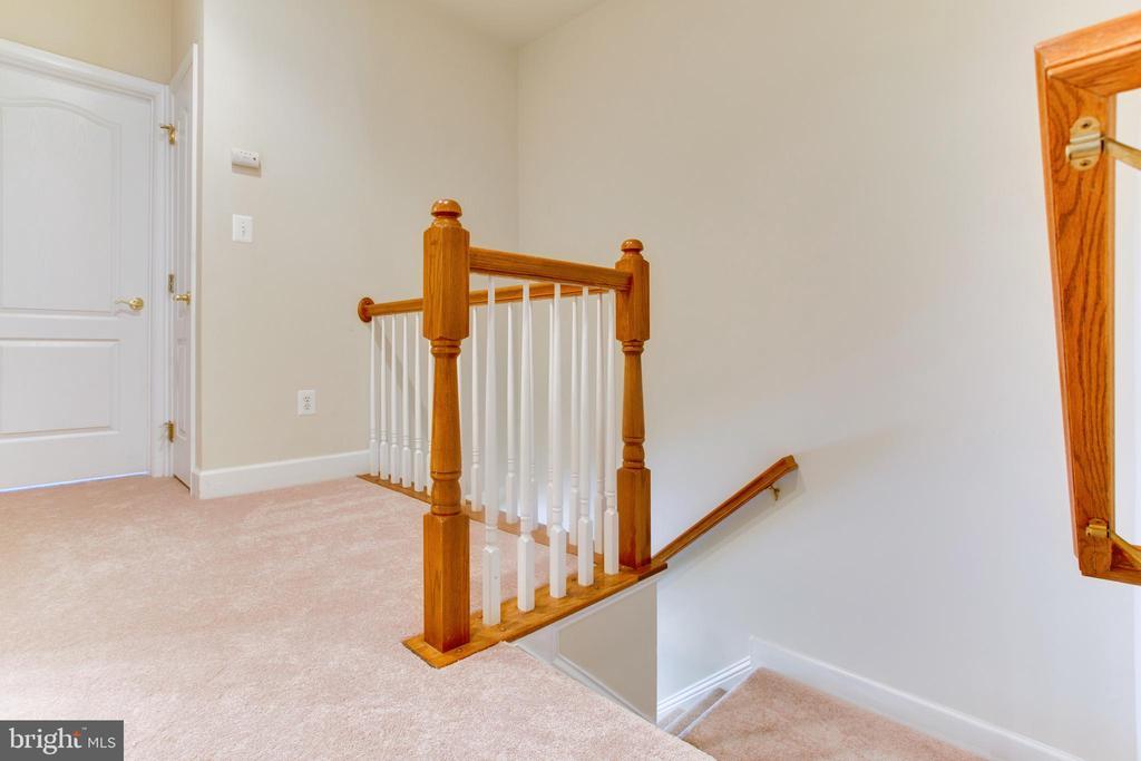 Upper level-New Carpet - 525 ODENDHAL AVE, GAITHERSBURG