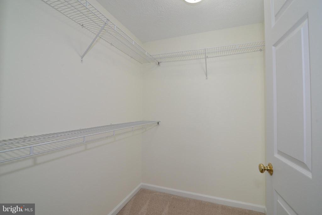 Walk-in closet - 13934 MOUNTAIN RD, HILLSBORO