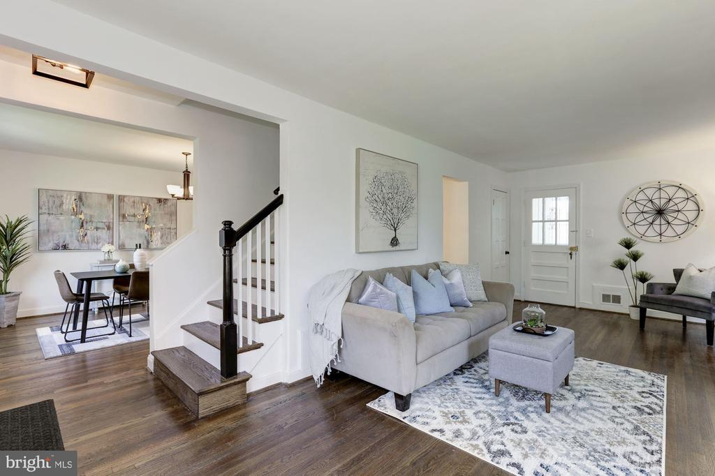 Family Room and Dining Room - 1745 BUCHANAN ST NE, WASHINGTON