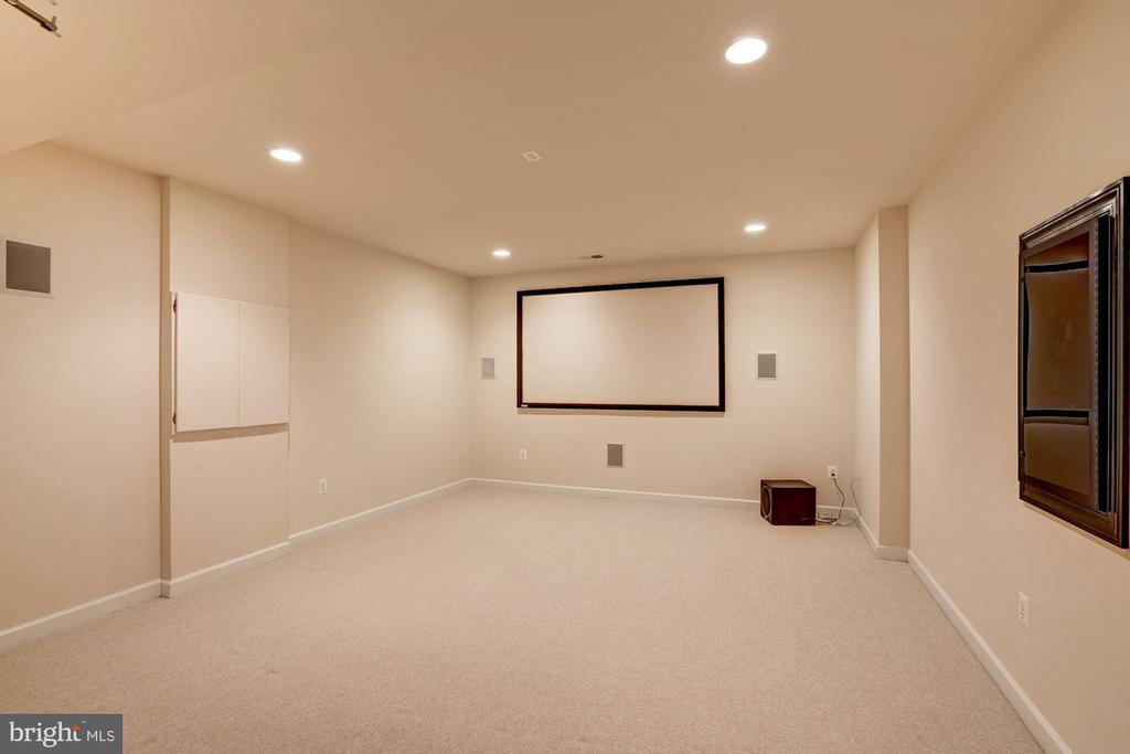 Media Room - 9668 MAYMONT DR, VIENNA