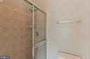 MASTER BATH  SHOWER - 46784 SOUTHERN OAKS TER, STERLING