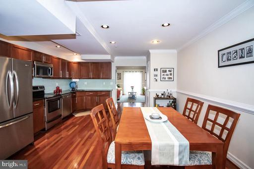 1321 EUCLID ST NW #302