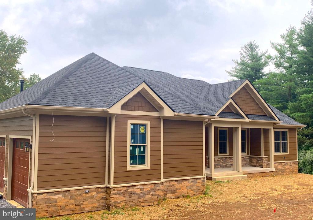 Choose your colors and trim - 38520-LOT 26 IRISH CORNER RD, LOVETTSVILLE