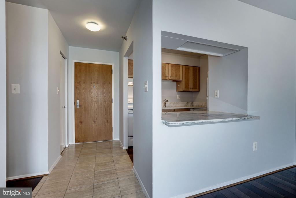 Foyer & Pass-Through from Kitchen to Living Room - 1808 OLD MEADOW RD #1416, MCLEAN