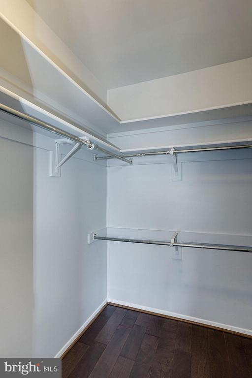 Bedroom Boasts a Fantastic Walk-In Closet! - 1808 OLD MEADOW RD #1416, MCLEAN