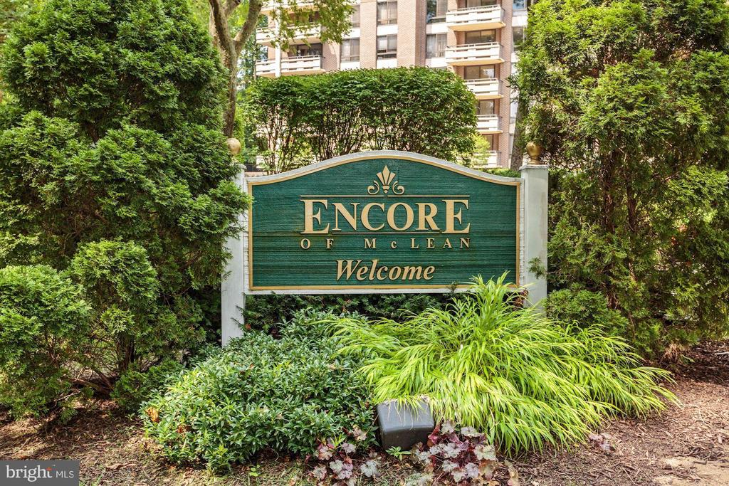 Welcome to the Encore of McLean! - 1808 OLD MEADOW RD #1416, MCLEAN