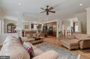 The floorplan is perfect for entertaining - 5621 GLENWOOD DR, ALEXANDRIA