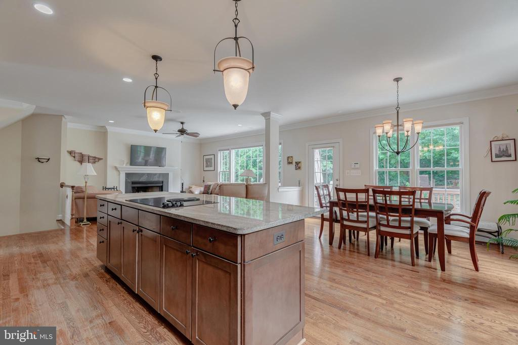 The entire main level looks out to trees - 5621 GLENWOOD DR, ALEXANDRIA