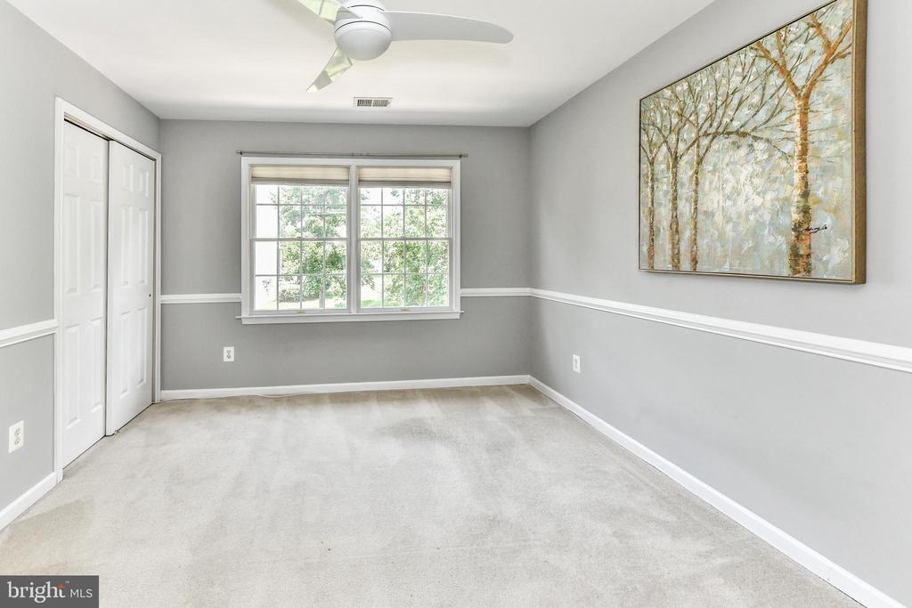 Bedroom 3 - 47426 RIVERBANK FOREST PL, STERLING