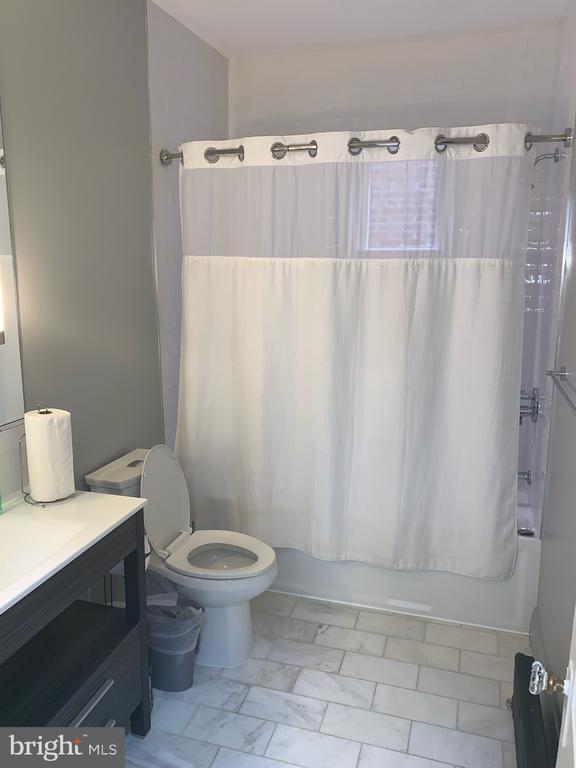 Bathroom - 1307 LONGFELLOW ST NW, WASHINGTON