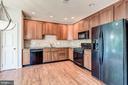 Kitchen with granite - 43214 SOMERSET HILLS TER, ASHBURN