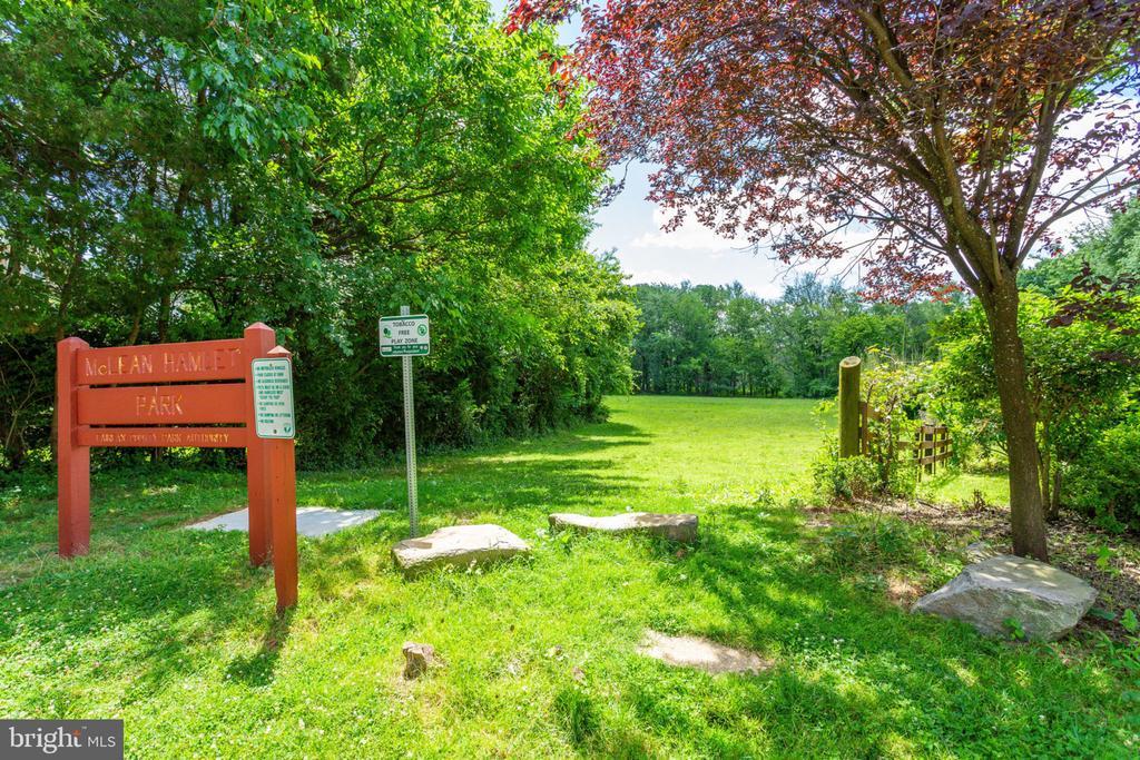 Entry to McLean Hamlet Park - 7710 FALSTAFF CT, MCLEAN