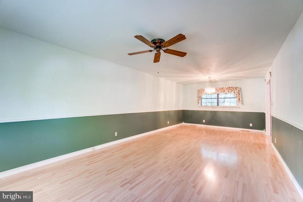 Great easy to clean flooring - 108 GALAXIE DR, FREDERICKSBURG