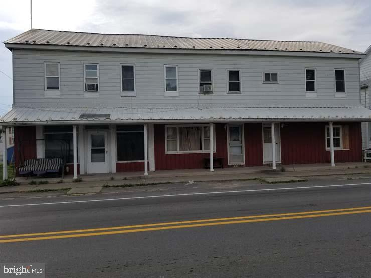 Single Family Homes للـ Sale في Mc Alisterville, Pennsylvania 17049 United States