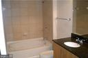 Full Bath - 1021 N GARFIELD ST #904, ARLINGTON