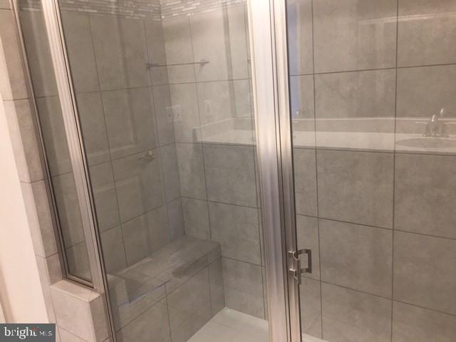 Master Bathroom - 20754 WOOD QUAY DR, STERLING