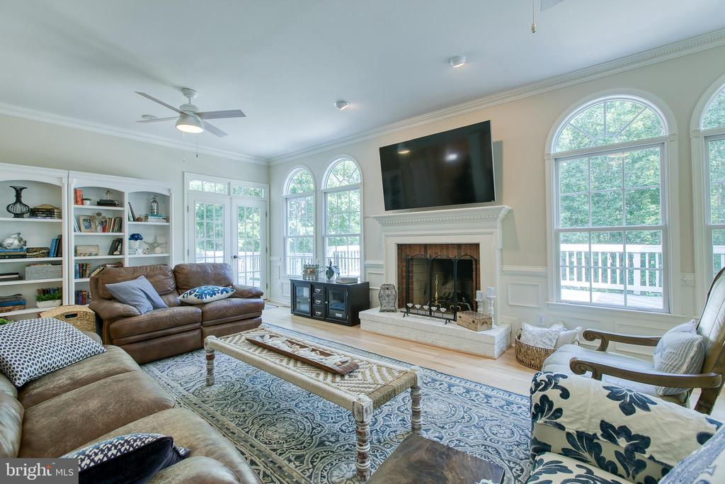 Family room with wood burning fireplace - 27 MERIDAN LN, STAFFORD