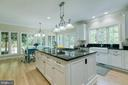 Amazing gourmet kitchen - 27 MERIDAN LN, STAFFORD