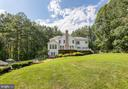 AMAZINGLY beautiful-surrounded by mature trees - 27 MERIDAN LN, STAFFORD