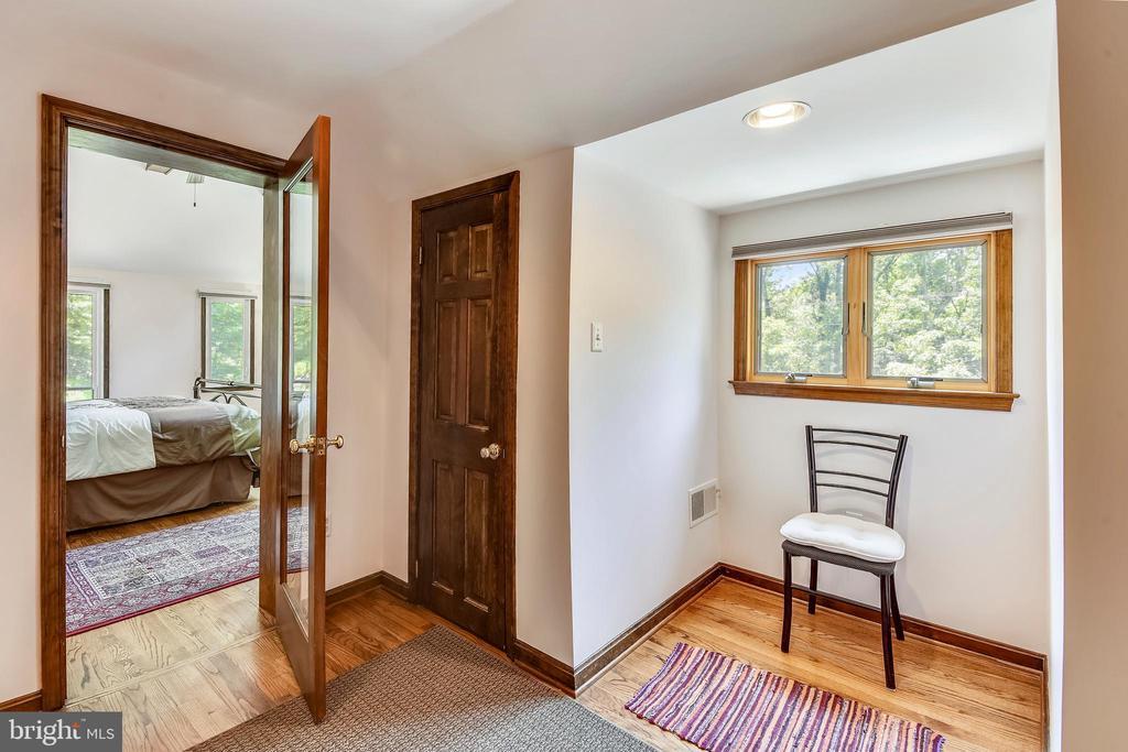 2nd bedroom! - 9919 MACARTHUR BLVD, BETHESDA