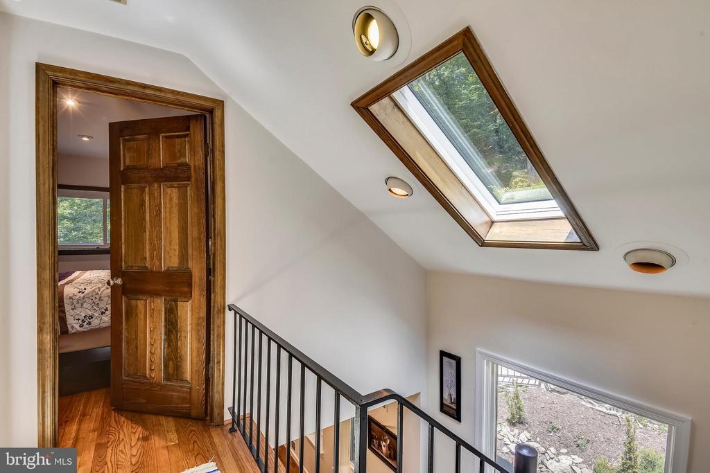 Sunlight filled rooms from multiple skylights! - 9919 MACARTHUR BLVD, BETHESDA