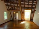 Master bedroom - 38699 OLD WHEATLAND RD, WATERFORD