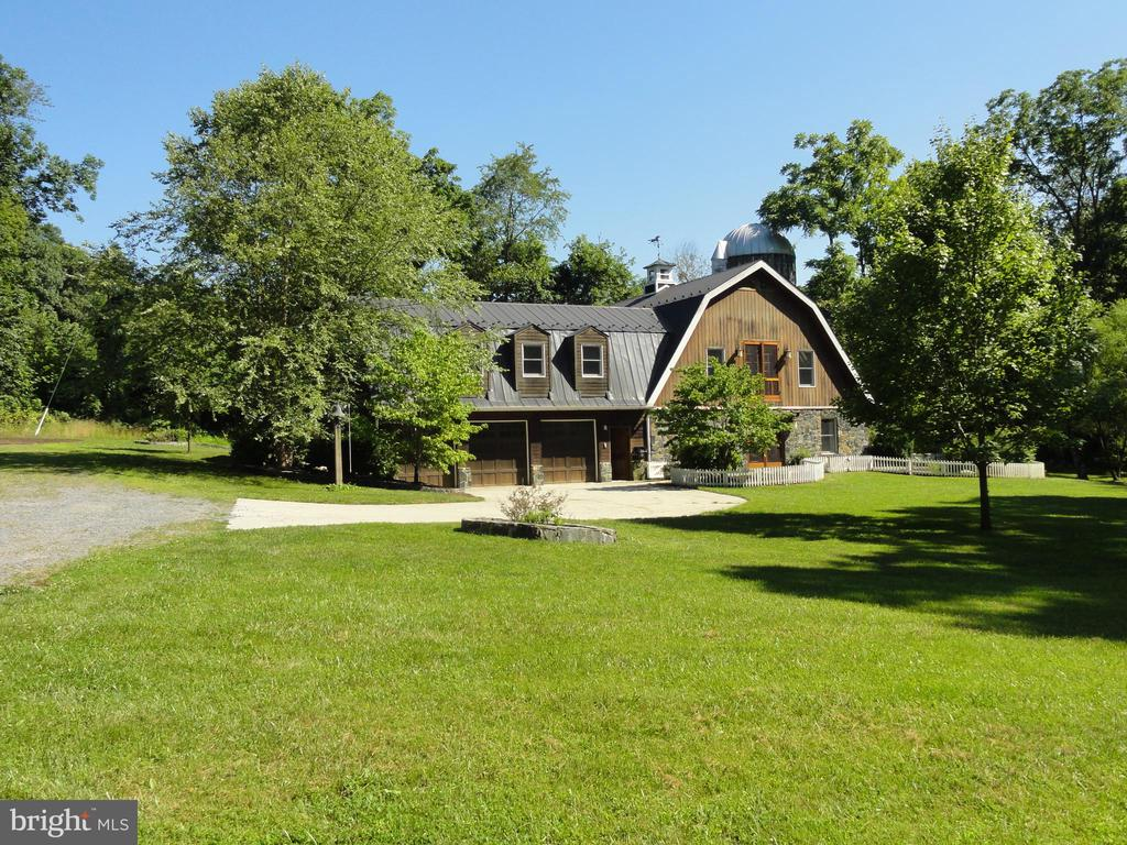 Front view from a distance! - 38699 OLD WHEATLAND RD, WATERFORD