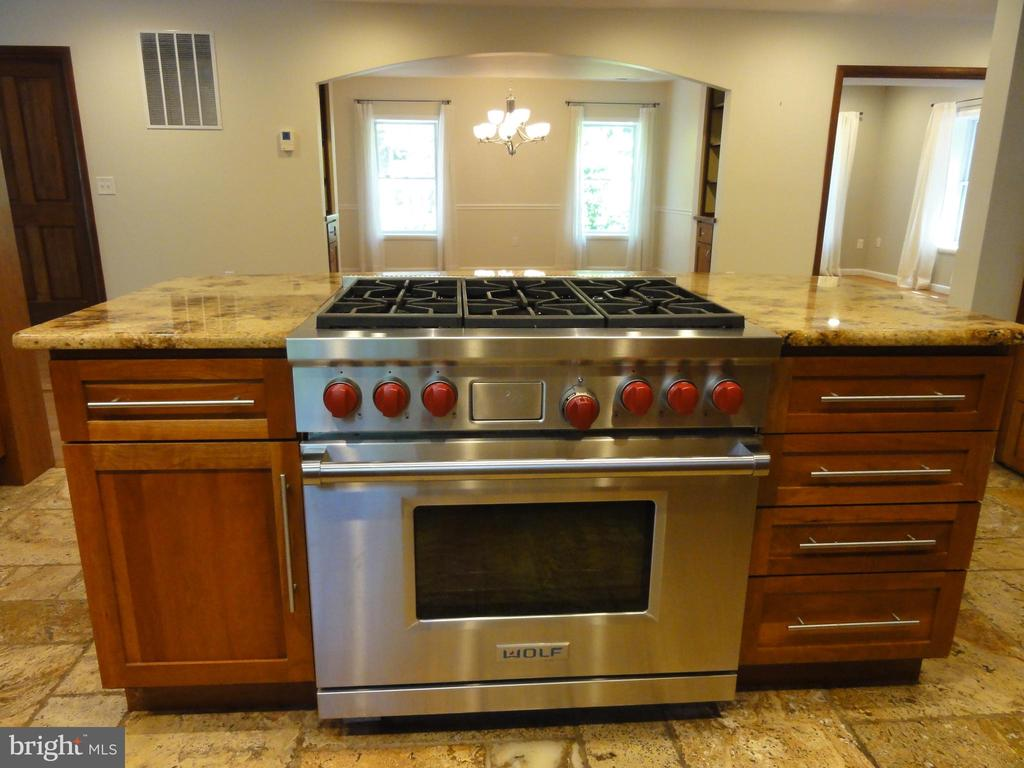 Wolfe duel fuel stove/oven - 38699 OLD WHEATLAND RD, WATERFORD