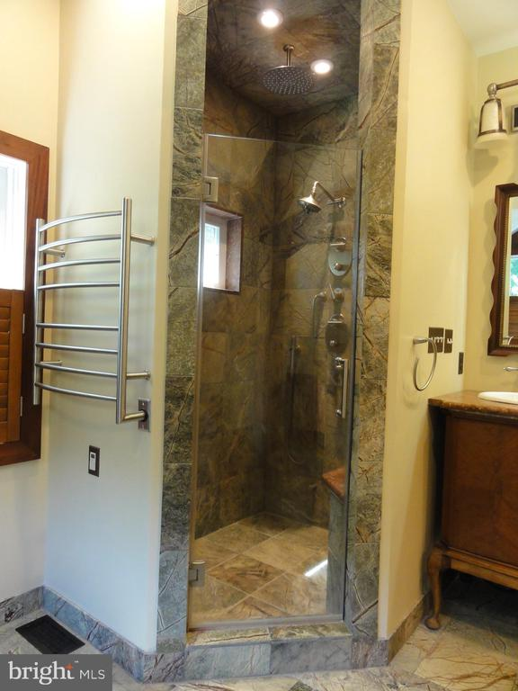 Master bath shower with marble tile - 38699 OLD WHEATLAND RD, WATERFORD