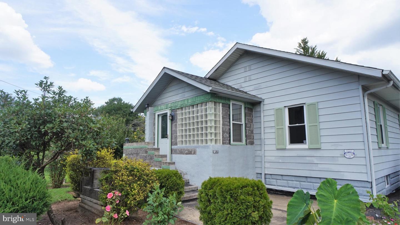 Single Family Homes pour l Vente à Norma, New Jersey 08347 États-Unis