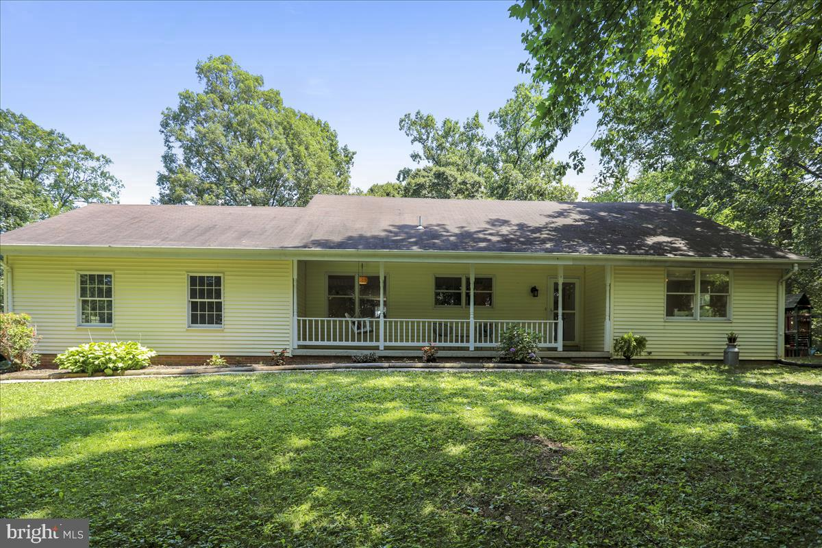 Single Family Homes vì Bán tại Beallsville, Maryland 20839 Hoa Kỳ