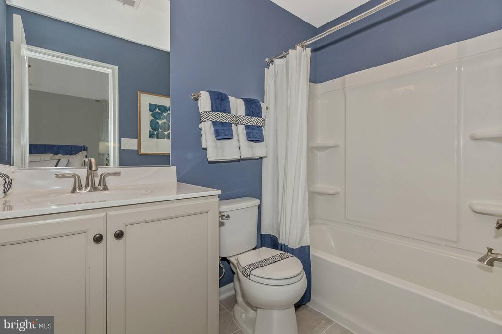 Optional Bathroom #4 with Bedroom 5 - 523 ISAAC RUSSELL, NEW MARKET