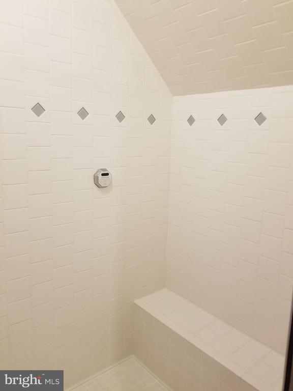 Steam Shower  ---  YES! - 8575 COBB RD, MANASSAS