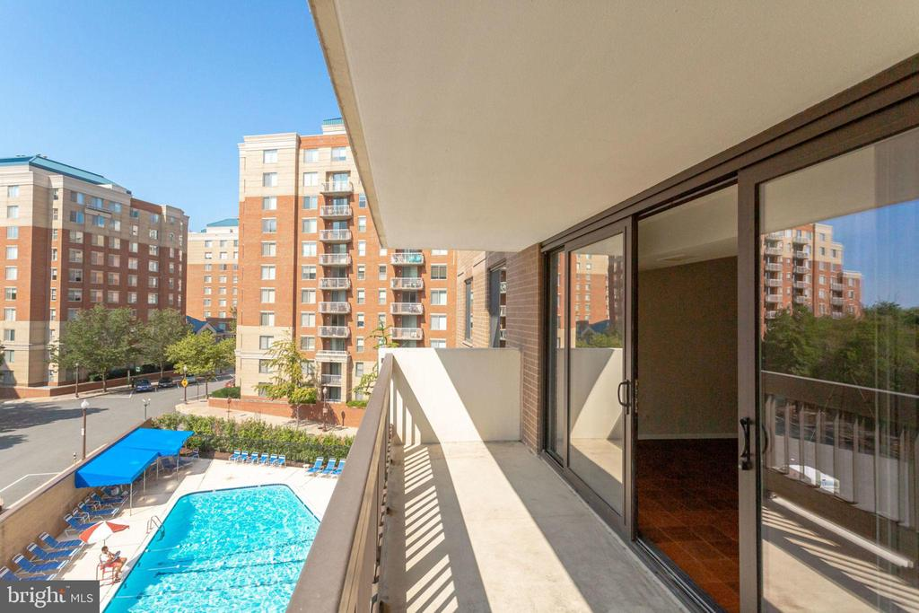 Balcony w/partial view of Pool - 3800 FAIRFAX DR #314, ARLINGTON