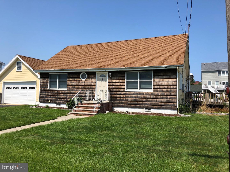 Single Family Homes pour l Vente à Waretown, New Jersey 08758 États-Unis