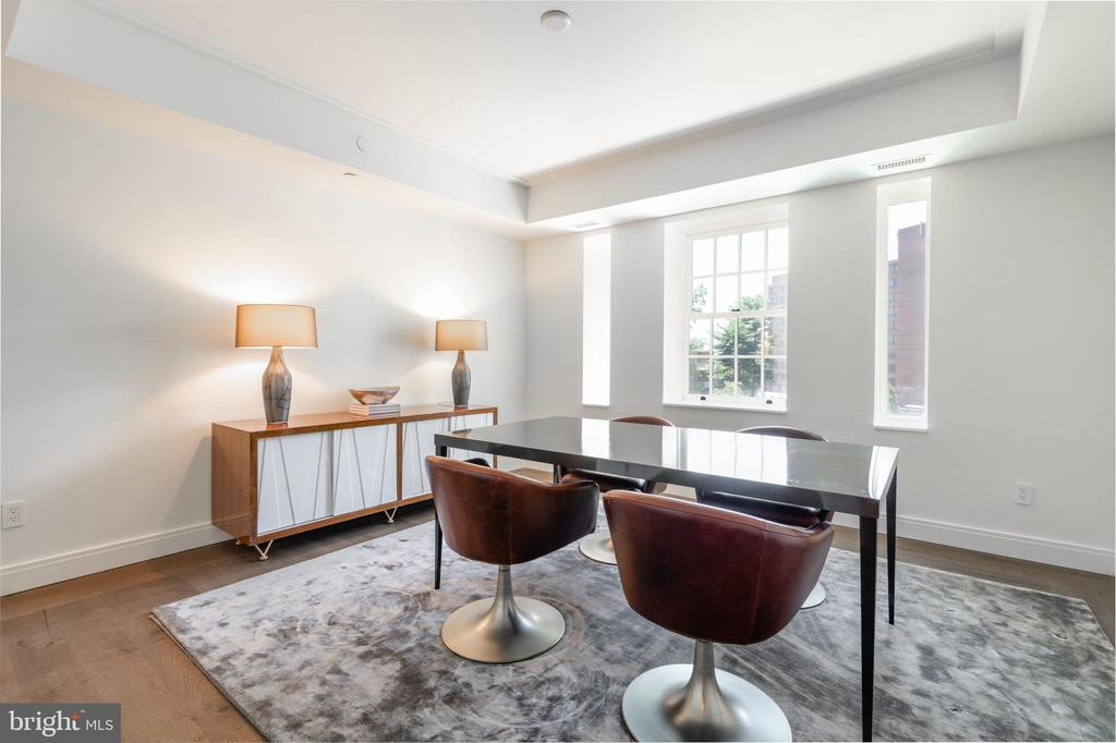 Bedroom Three with En Suite Bathroom - 2660 CONNECTICUT AVE NW #4C, WASHINGTON