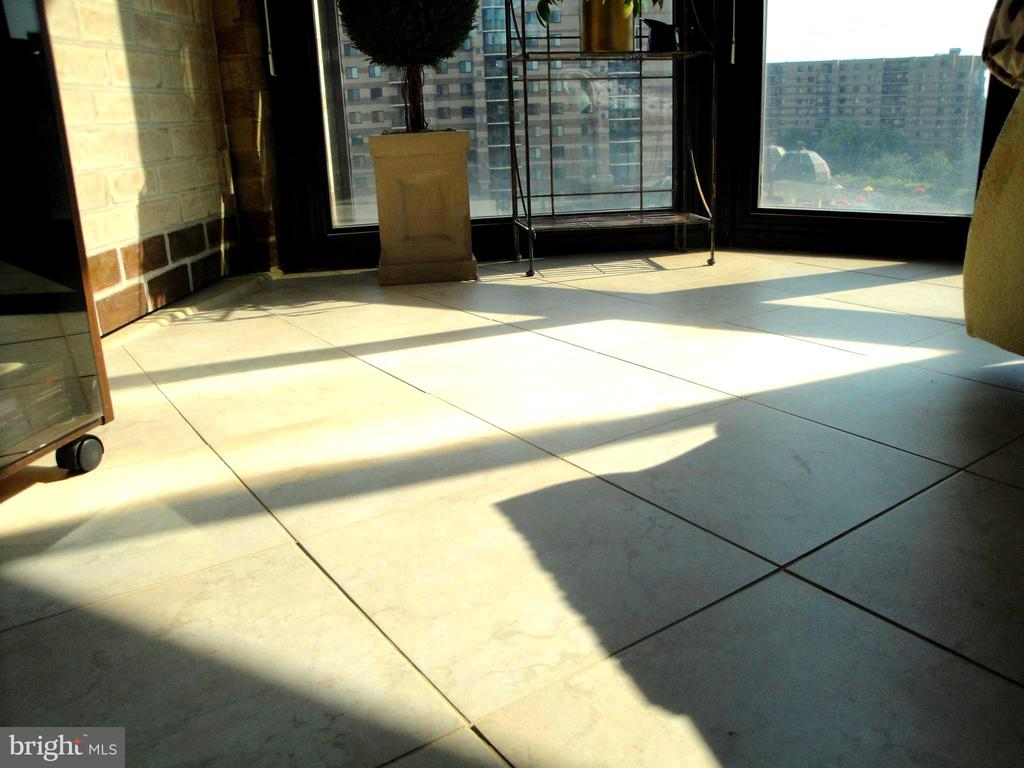 Sun Room's Tiled Floor - 8380 GREENSBORO DR #721, MCLEAN