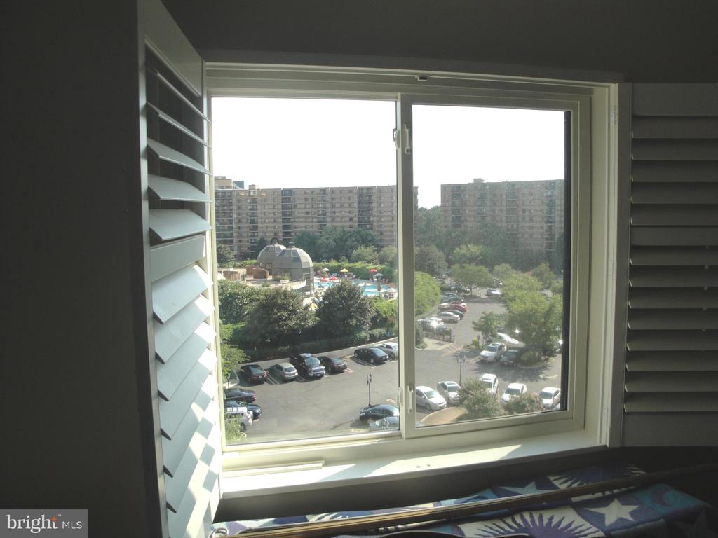 Panoramic Master Bedroom View from 7th floor - 8380 GREENSBORO DR #721, MCLEAN