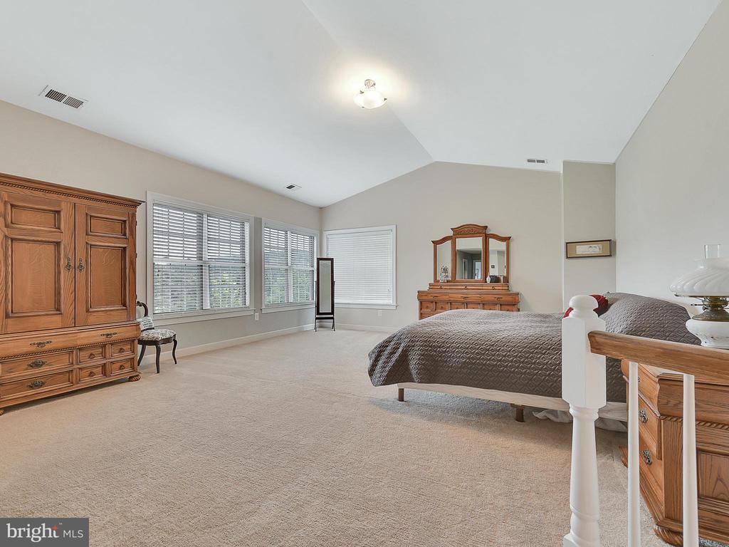 Master Bedroom - 9710 WOODFIELD CT, NEW MARKET