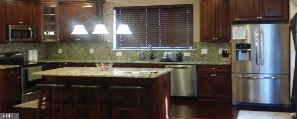 Kitchen (house built in Manassas - 2200 sq ft) - 9308 DEVLINS GROVE PL, BRISTOW