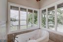 waterfront luxurious master bath suite - 98 POINT SOMERSET LN, SEVERNA PARK