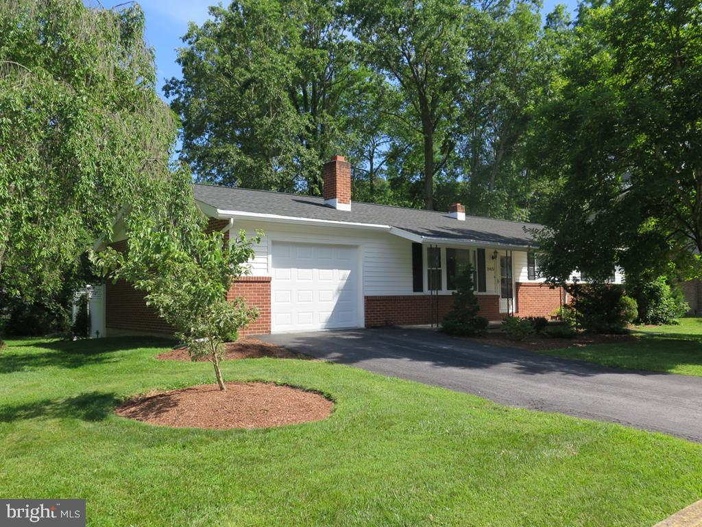 Single Family Homes for Sale at Huntingdon, Pennsylvania 16652 United States