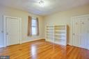 2nd floor bedroom with Elevator access - 610 LEWIS ST, FREDERICKSBURG