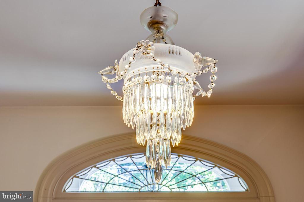 Original Front Hall chandelier - 610 LEWIS ST, FREDERICKSBURG