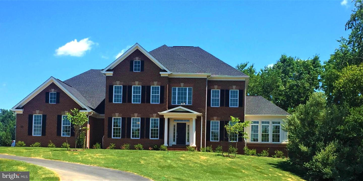 Single Family Homes for Sale at Hamilton, Virginia 20158 United States