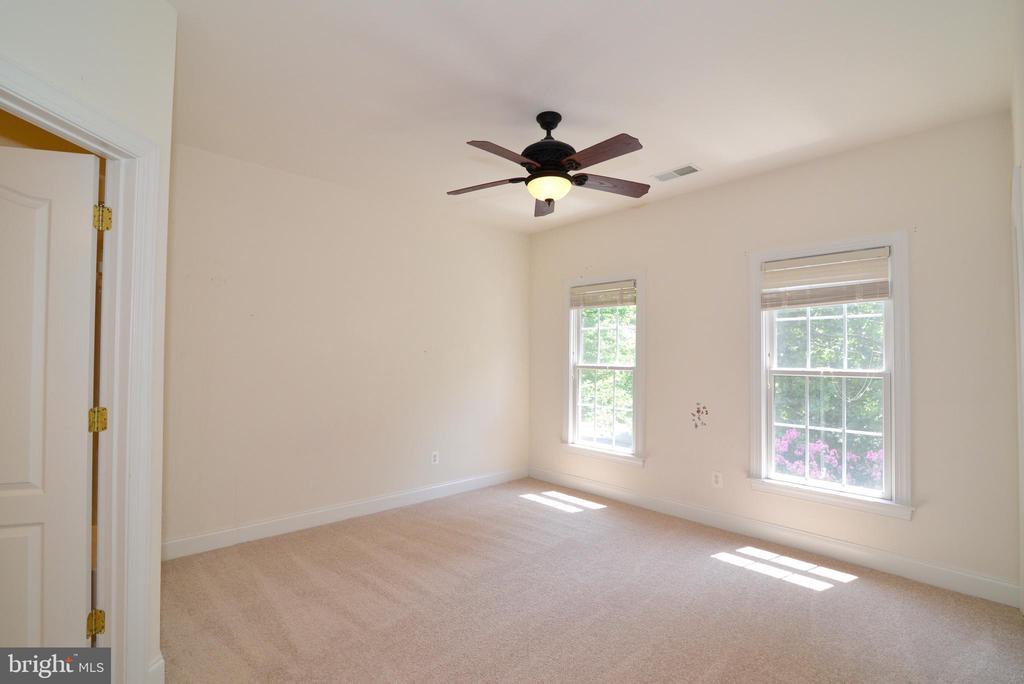 4th bedroom - 43980 RIVERPOINT DR, LEESBURG