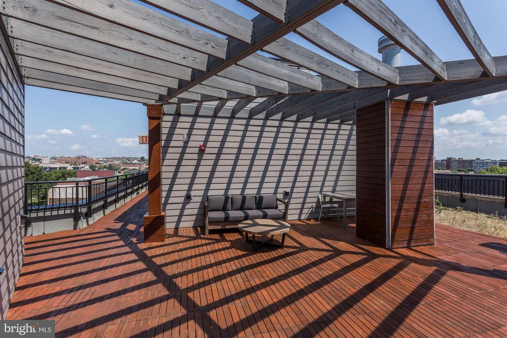 Sweeping City Views - 1550 11TH ST NW #303, WASHINGTON