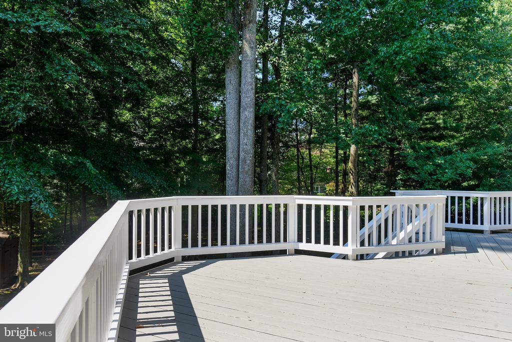 Rear Deck overlooking treed backyard - 1144 ROUND PEBBLE LN, RESTON